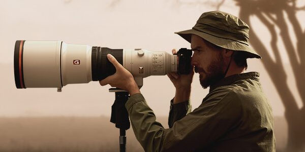 Find the perfect pair of binoculars or camera support with Vanguard
