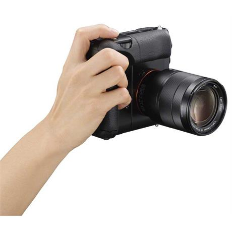 Sony VG-C1EM Vertical battery Grip for a7 & a7R/S Image 1
