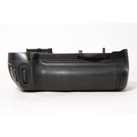Used Nikon MB-D14 Battery Grip Image 1