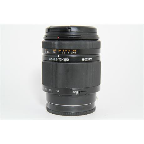 Used Sony A 18-250mm f/3.5-6.3 Lens Image 1