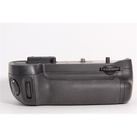 Used Nikon MB-D15 Battery Grip Image 1