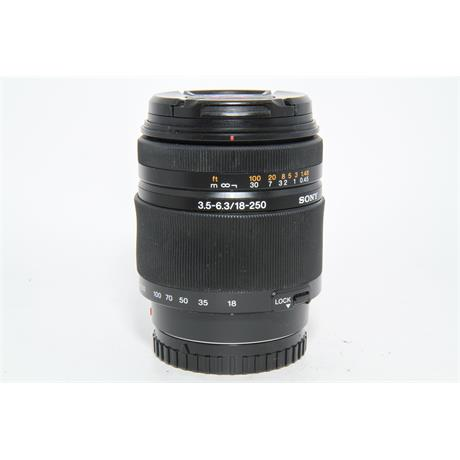 Used Sony DT 18-250mm f/3.5-6.3 Lens Image 1
