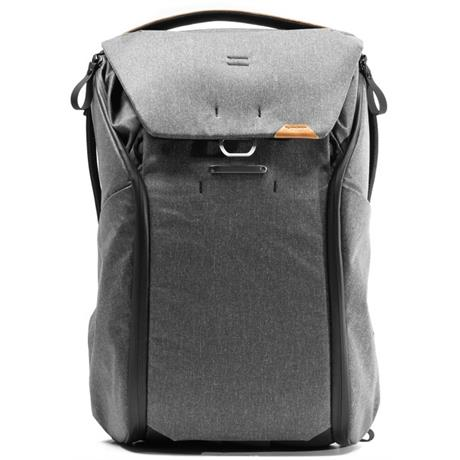 Peak Design Everyday Backpack 30L V2 Charcoal Image 1