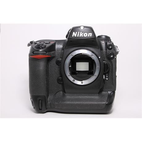 Used Nikon D2xs body Image 1