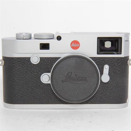 Used Leica M10 Silver Boxed Image 1