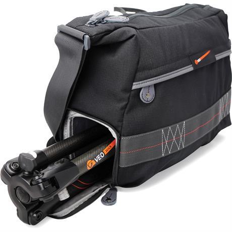Vanguard VEO 37 Shoulder Bag Image 1