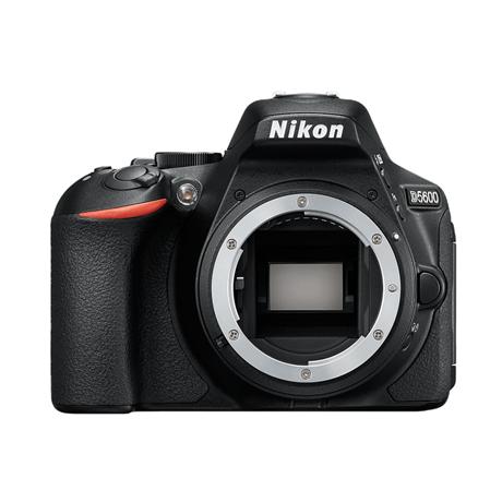 Nikon D5600 Body Front