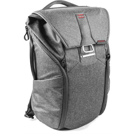 Peak Design Everyday Backpack 20L Charcoal Image 1