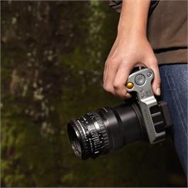 Hasselblad X-V Lens Adapter Thumbnail Image 1