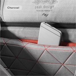 Peak Design The Everyday Messenger Bag Charcoal 13
