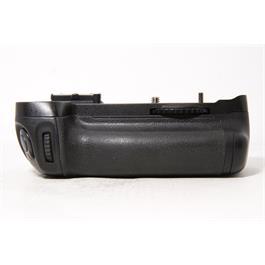 Used Nikon MB-D14 Battery Grip Thumbnail Image 0