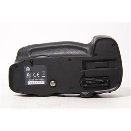 Used Nikon MB-D14 Battery Grip Thumbnail Image 4
