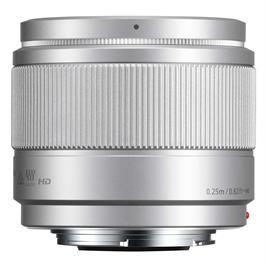 Panasonic LUMIX G 25mm f/1.7 Asph. Silver Thumbnail Image 3