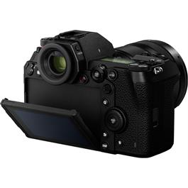 Panasonic Lumix S1 Full Frame L-Mount Mirrorless camera Thumbnail Image 4