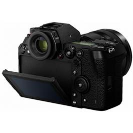 Panasonic Lumix S1 Full Frame L-Mount Mirrorless camera Thumbnail Image 5