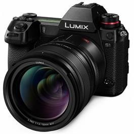 Lumix s1 with 50mm lens