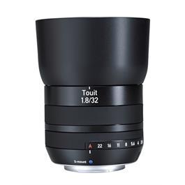 ZEISS Touit 32mm f/1.8 Lens - Fuji X-Mount thumbnail