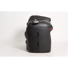 Used Nikon D7100 Body Thumbnail Image 2