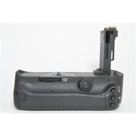 Used Canon BG-E11 Battery Grip thumbnail