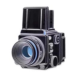 Official Exclusive Mamiya RZ67 Camera Pin Badge thumbnail