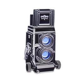 Official Exclusive Mamiya C330 Twin Lens Reflex Camera Pin Badge thumbnail