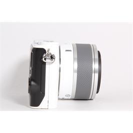 Used Nikon J3 + 10-30mm f/3.5-5.6 Lens Thumbnail Image 2