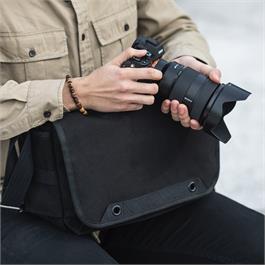 Think Tank Retrospective 5 Shoulder bag V2 - Black Thumbnail Image 6