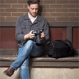 Think Tank Retrospective 5 Shoulder bag V2 - Black Thumbnail Image 7
