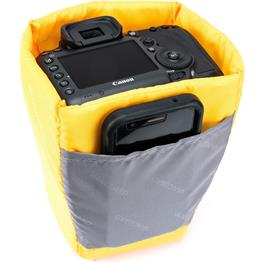 Vanguard Alta Waterproof Pouch - MEDIUM Thumbnail Image 9