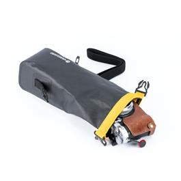 Vanguard Alta Waterproof Pouch - SMALL Thumbnail Image 3