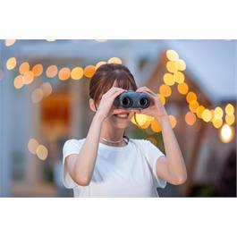 Canon 8x20 IS Binoculars Thumbnail Image 7