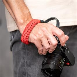 Leica Paracord Handstrap Black/Red by COOPH