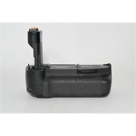 Used Canon BG-E7 Battery Grip for 7D thumbnail