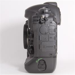 Used Nikon D4s Body Thumbnail Image 3