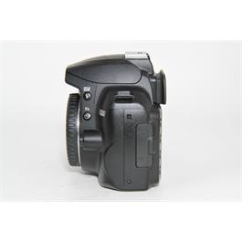 Used Nikon D3000 Body Thumbnail Image 3