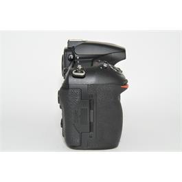 Nikon D810 Body Thumbnail Image 2