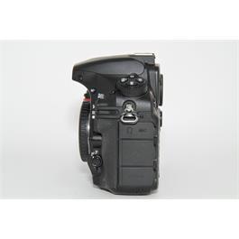 Nikon D810 Body Thumbnail Image 3