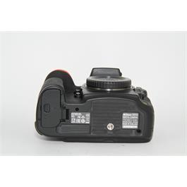 Nikon D810 Body Thumbnail Image 5