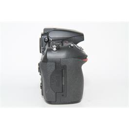 Used Nikon D810 Body Thumbnail Image 2