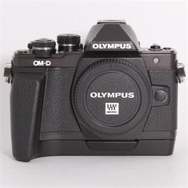 Used Olympus E-M10 II Body + ECG-3 Grip thumbnail
