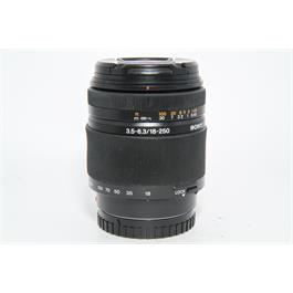 Used Sony DT 18-250mm f/3.5-6.3 Lens thumbnail