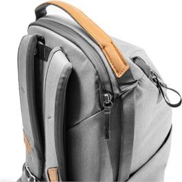 Peak Design Everyday Backpack 20L V2 Ash Thumbnail Image 5