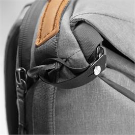 Peak Design Everyday Backpack 20L V2 Ash Thumbnail Image 9
