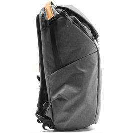 Peak Design Everyday Backpack 30L V2 Charcoal Thumbnail Image 1