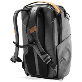 Peak Design Everyday Backpack 30L V2 Charcoal Thumbnail Image 2