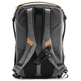 Peak Design Everyday Backpack 30L V2 Charcoal Thumbnail Image 3