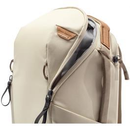 Peak Design Everyday Backpack 15L Zip V2 Thumbnail Image 5