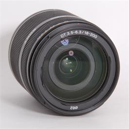 Used Sony DT 18-200mm f/3.5-6.3 Thumbnail Image 1