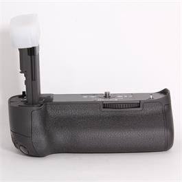 Used Canon BG-E11 Battery Grip thumbnail