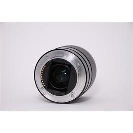 Used Sony 28mm F/2 FE Thumbnail Image 2